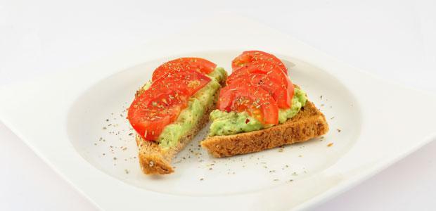 Geroosterd Brood Met Avocado En Tomaat Recept Supersnel Gezond