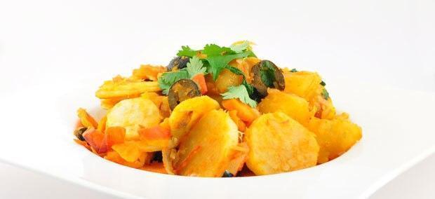 Marokkaanse zoete aardappelsalade met pastinaak