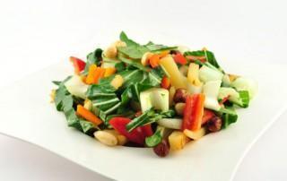 Zoete aardappel salade met noten