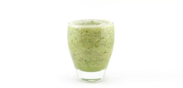 Komkommer banaan bleekselderij smoothie
