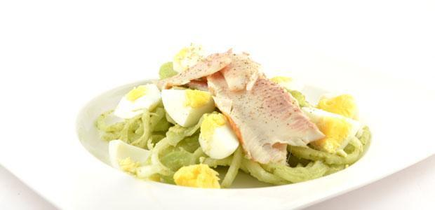 Venkel salade met gerookte forel