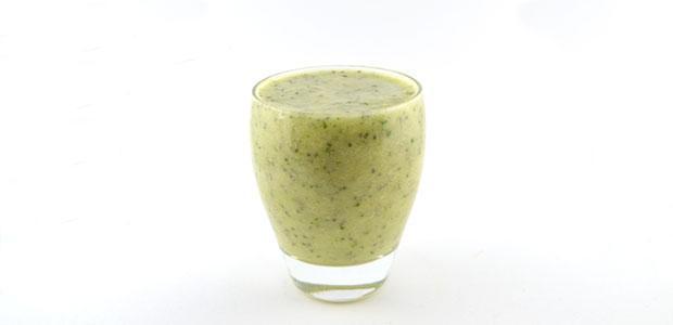 Courgette avocado ananas smoothie