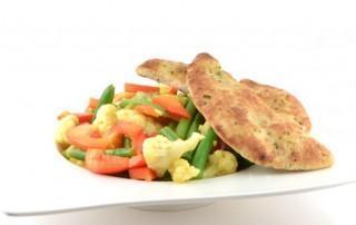 Frisse salade met kerriedressing