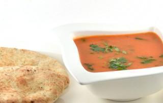Snelle tomatensoep Indiase stijl