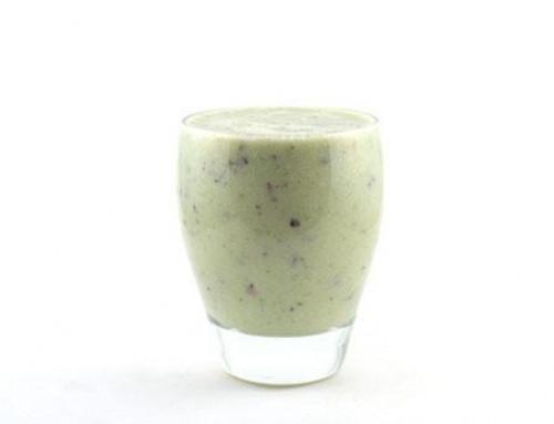 Komkommer banaan druif sojamelk smoothie