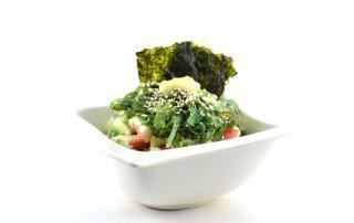 Sushi bowl met bloemkoolrijst