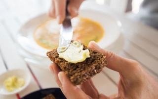 Vervang boter door zachte margarine. Goed of slecht?