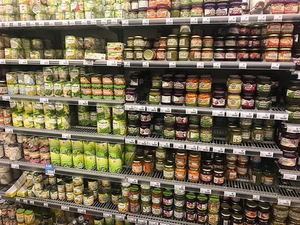 Wat is gezond in de supermarkt en wat niet? Conserve