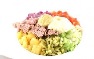 Lauwwarme aardappelsalade met tonijn