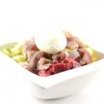 Rosolje (aardappelsalade met rode biet en haring)